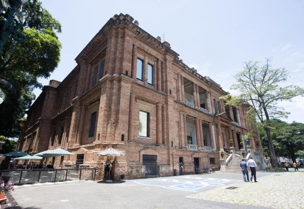 Pinacoteca do Estado completa 110 anos