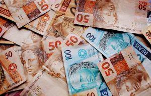 Conheça 5 serviços do Governo de SP que ajudam a economizar
