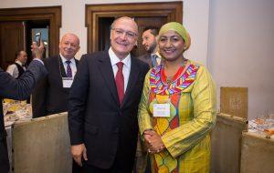 Alckmin recebe diplomatas para promover negócios no Estado