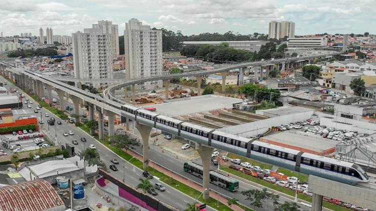 Alckmin realiza primeira viagem de inspeção em novo trecho do monotrilho