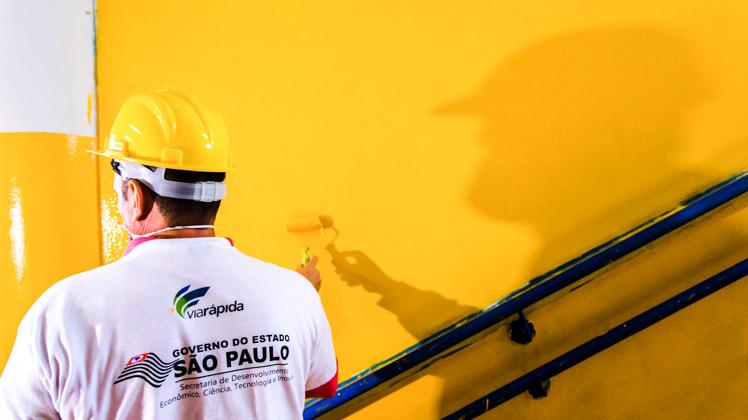 Reeducandos ajudam a recuperar escola da Zona Leste de São Paulo