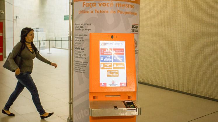SP tem 114 totens que melhoram acesso a serviços do Poupatempo e geram economia
