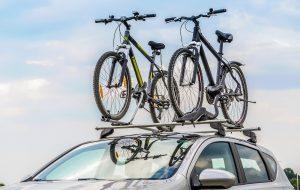 Você sabe transportar corretamente bicicletas e pranchas no veículo?