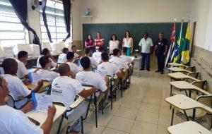 Acesso à educação ajuda recomeço dos detentos após vida na prisão