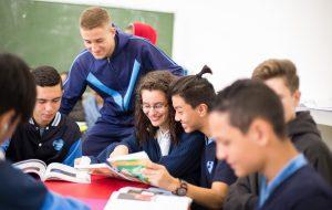 Estudantes têm curso gratuito de capacitação profissional