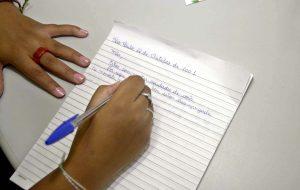 Projeto 'Cartas para o Mundo' amplia horizontes de alunos da rede estadual