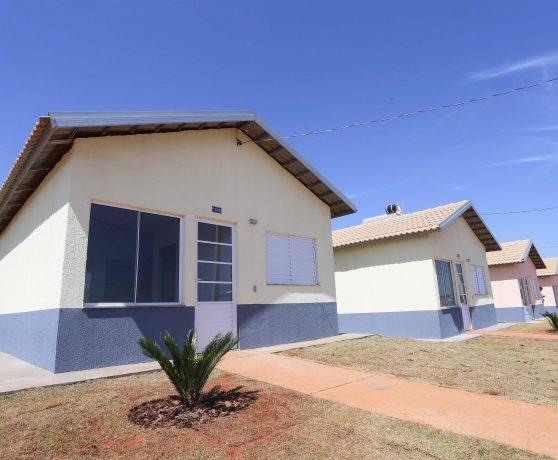 1,3 mil casas são entregues em São José do Rio Preto