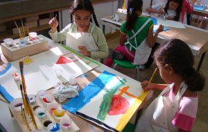 Escola de Comunicação da USP tem curso gratuito de artes para crianças