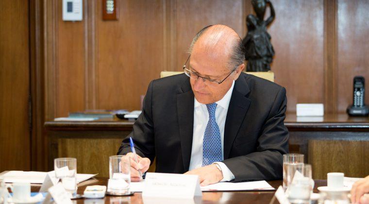 Alckmin autoriza licitação de obras de melhorias na rodovia SP-207