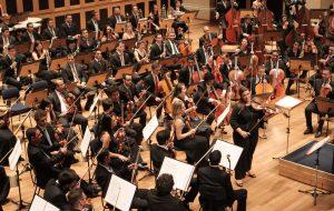 Orquestra Tom Jobim abre temporada em grande estilo