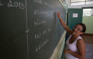 Conversa com o Governador destaca o pagamento de bônus a professores
