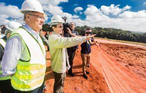 Governador faz vistoria nas obras do prolongamento da Rodovia Carvalho Pinto em Taubaté