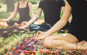 Biblioteca do Parque Villa-Lobos promove aulas gratuitas de Yoga