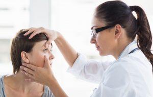 Atendimentos de oftalmo e otorrino serão reorganizados e duplicados
