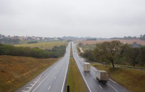 Detran.SP dá dicas para você dirigir com segurança na chuva