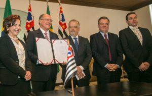 Estado repassa mais de R$ 33 milhões para municípios e entidades