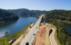 Rodovia dos Tamoios: acesso seguro e ágil ao litoral norte de SP