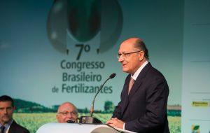 Alckmin exalta a produtividade em congresso de fertilizantes