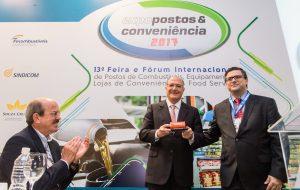 SP tem menor alíquota de álcool do Brasil, diz Alckmin em evento