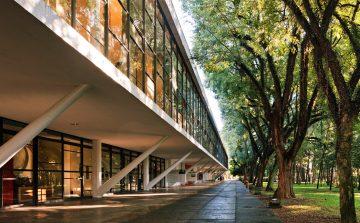 Em SP, cinco museus com jardins unem cultura e natureza
