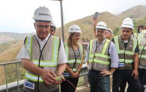 Detonação para escavar túnel de mais de 2km na Nova Tamoios é acionada