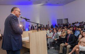 Em Santos, governador participa de Fórum sobre a Fundação Casa