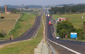 Investimentos nas Rodovias SP-225 e SP-270 geram empregos e melhorias