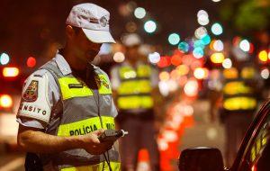 Direção Segura autua 97 motoristas em oito cidades no fim de semana