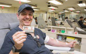 Conheça cinco motivos para doar sangue e salvar vidas