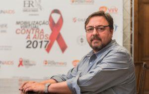 HIV é mais presente entre os jovens e contágio por ato sexual predomina