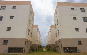 5.586 moradias entregues a mais de 22 mil pessoas de cinco cidades