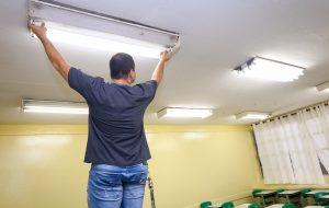 Microempreendedores podem fazer manutenção em escolas de SP