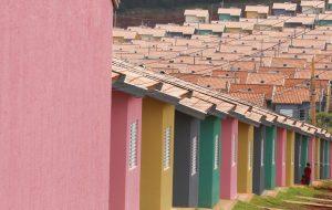 Alckmin entrega 1.043 moradias em Itapeva