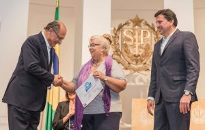 Alckmin repassa R$ 4,3 milhões para projetos voltados a jovens e idosos