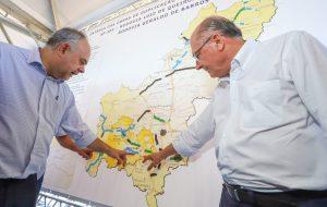 Alckmin entrega último trecho de duplicação da rodovia SP-304
