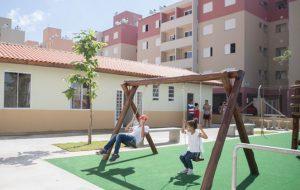 Famílias recebem 400 novas moradias do programa Morar Bem, Viver Melhor