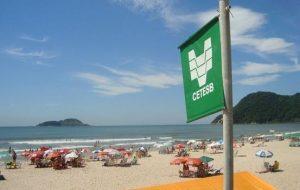 Cetesb tem aplicativo para saber onde banho de mar é saudável