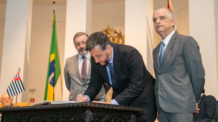 João Cury Neto assume Secretaria de Estado da Educação de São Paulo