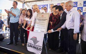Moradores de Pereira Barreto recebem 211 casas populares