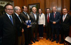Governador recebe Comissão dos 110 anos da Imigração Japonesa no Brasil