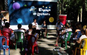 5ºFórumdo Espaço de Leitura tem ônibus-teatro de graça