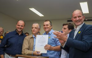 Márcio França assina convênios de infraestrutura urbana para região de Assis