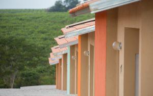 Famílias acompanham sorteio de moradias da CDHU em Guzolândia