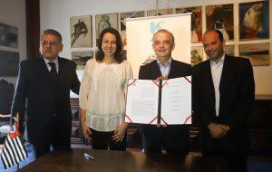 Sabesp assina convênio para desenvolvimento hídrico