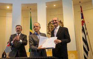Aldo Rebelo é empossado como secretário chefe da Casa Civil paulista