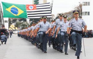 Polícia Militar celebra formatura de 930 sargentos em curso superior tecnólogo