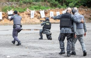 Academia do Barro Branco dá treinamento para sargentos da PM