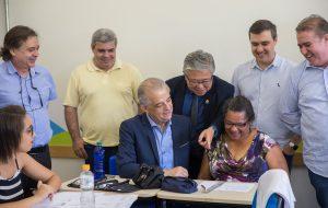 Em Campinas, governador visita Escola de Técnicas de Economia Criativa