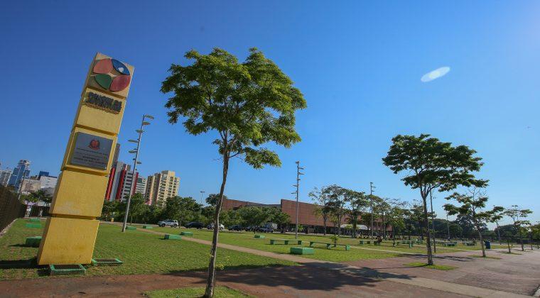 Governador prestigia cerimônia de renomeação do Parque da Juventude