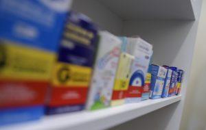 Governo isenta ICMS de medicamento para doença degenerativa grave